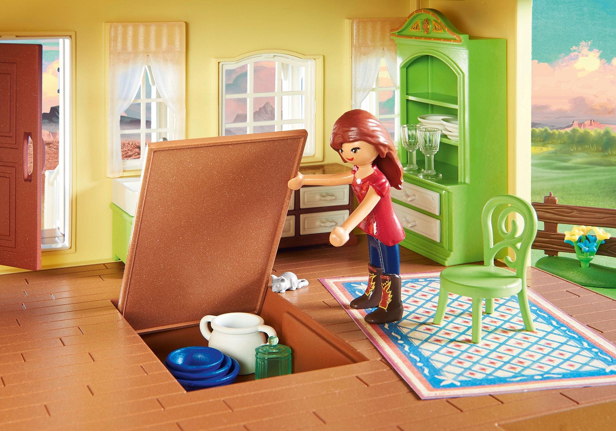 http://media.playmobil.com/i/playmobil/9475_product_extra2/Luckys glückliches Zuhause