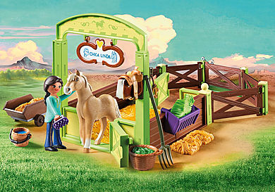 9479 Pru & Chica Linda with Horse Stall