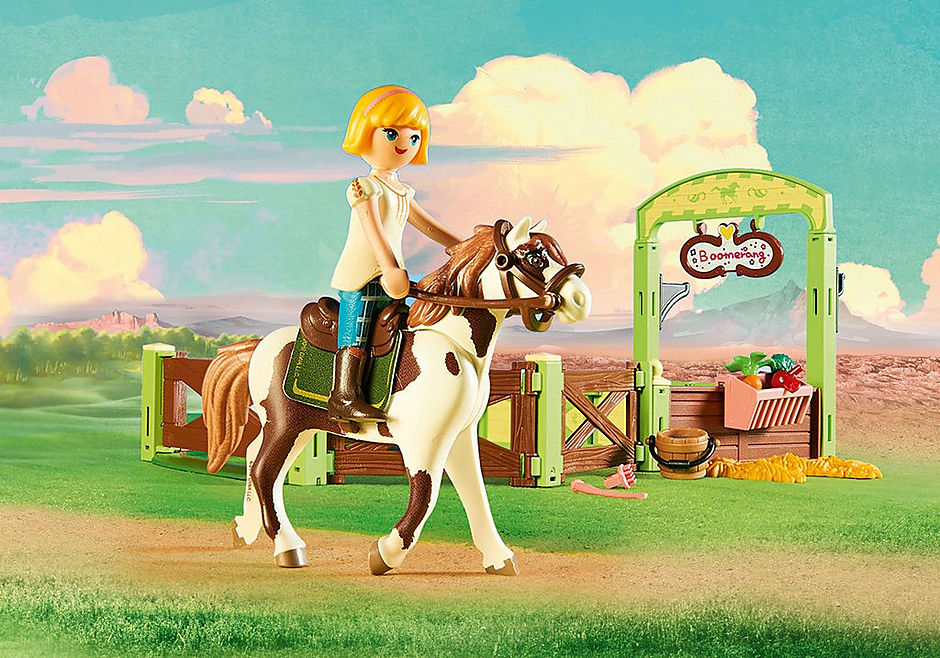9480 Abigail & Boomerang with Horse Stall detail image 4