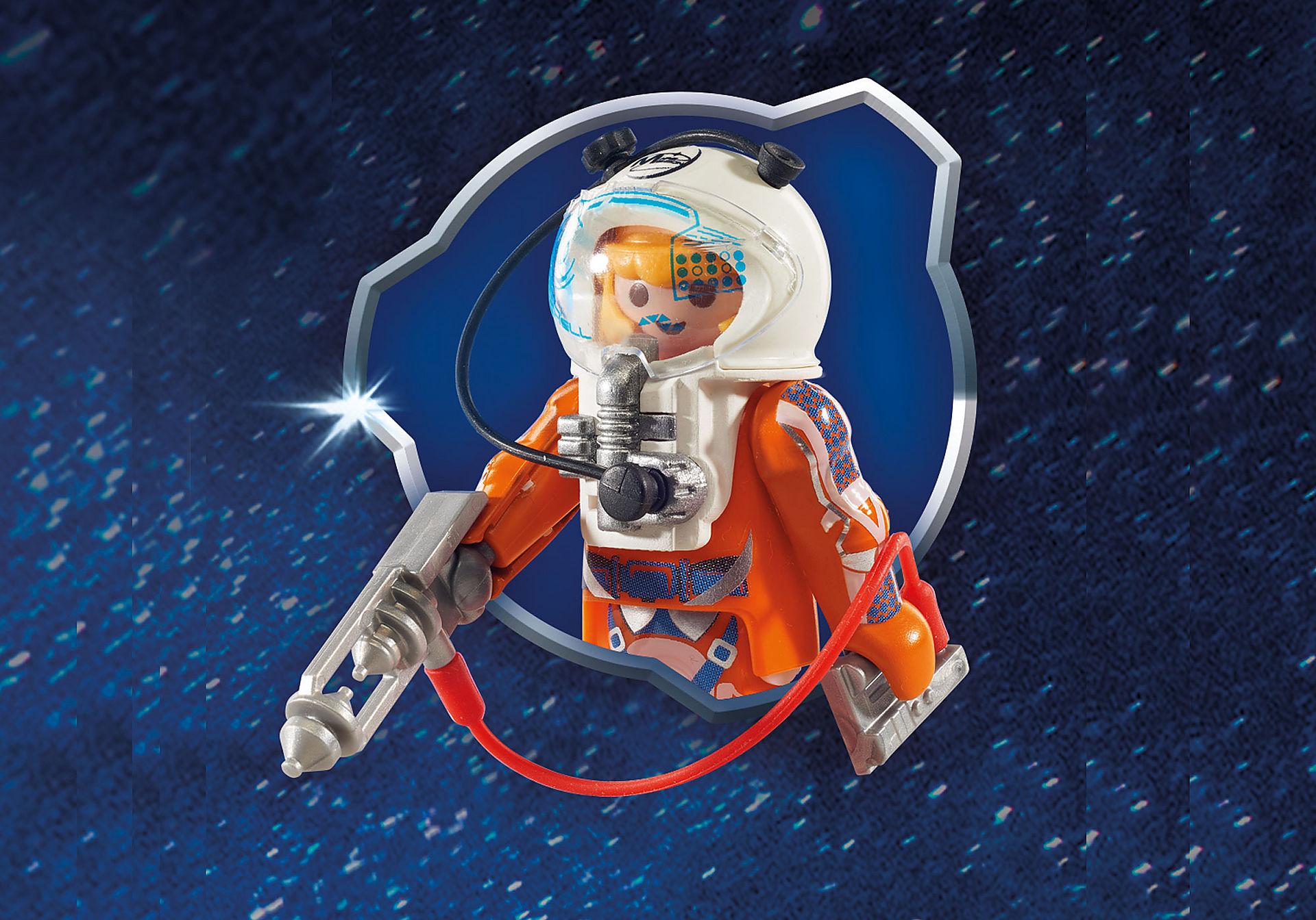 9488 Razzo spaziale con rampa di lancio zoom image5
