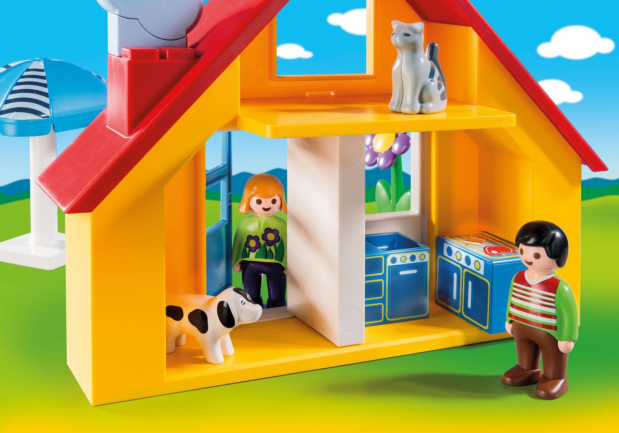 http://media.playmobil.com/i/playmobil/9527_product_extra1/1.2.3 Holiday Cottage
