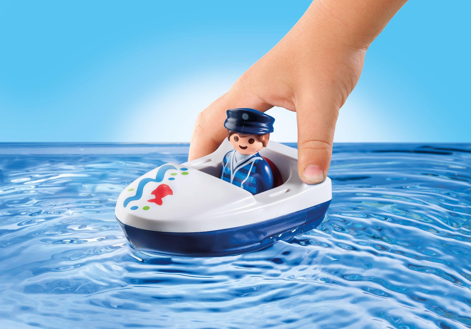 http://media.playmobil.com/i/playmobil/9527_product_extra2/1.2.3 Holiday Cottage