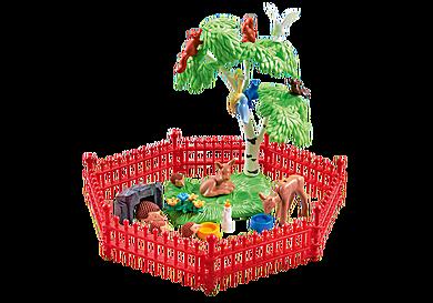 9817 Recinto con animali del bosco
