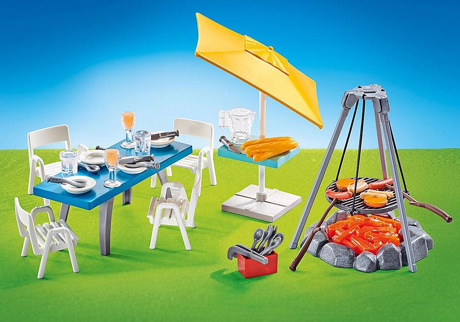 9818 Churrasqueira com mesa, cadeiras e chapéu de sol  detail image 1