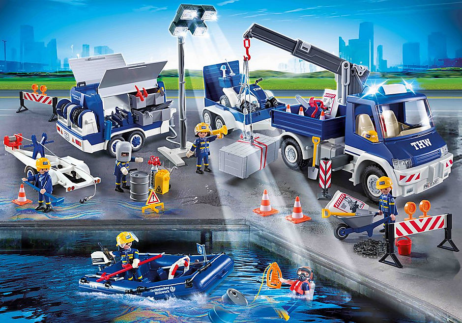 9880 Equipe de secouristes avec camion et bateau detail image 1