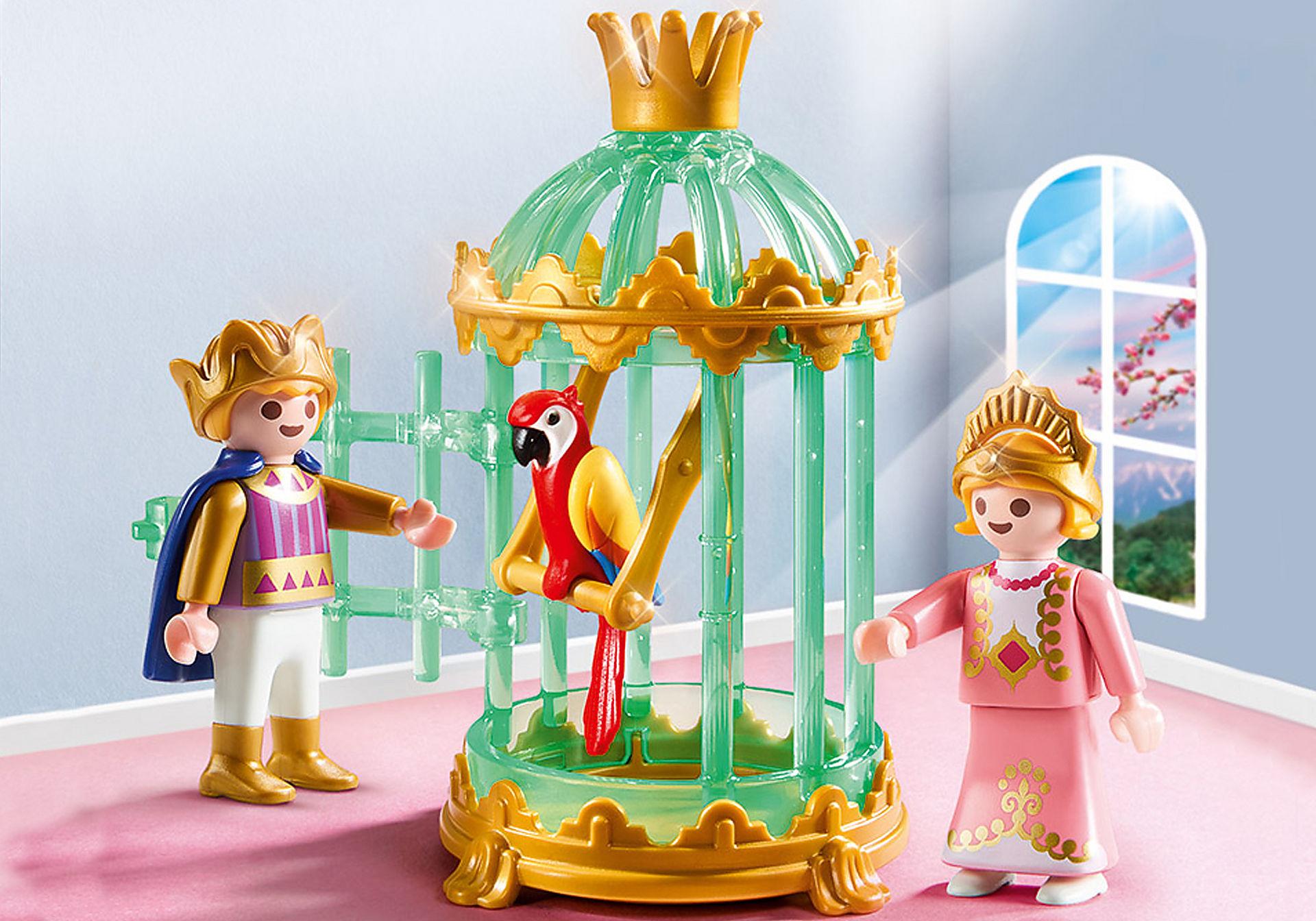 9890 Crianças reais com gaiola e papagaio zoom image1